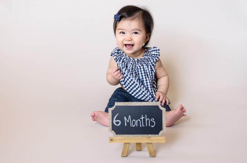 Desenvolvimento de habilidades motoras finas do 6° mês | Pikuruxo